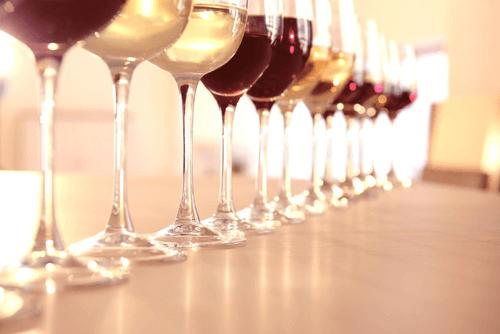 ワイングラスの種類イメージ画像