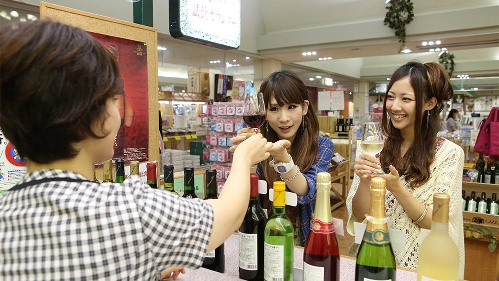 [写真]有料試飲コーナー
