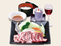 [写真]島根和牛・豚肉コース・彩(いろどり)
